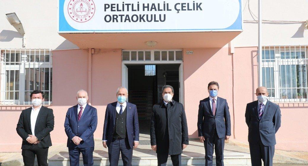 Kaymakam Güler ve Başkan Büyükgöz  Pelitli'de Bayrak Töreninde
